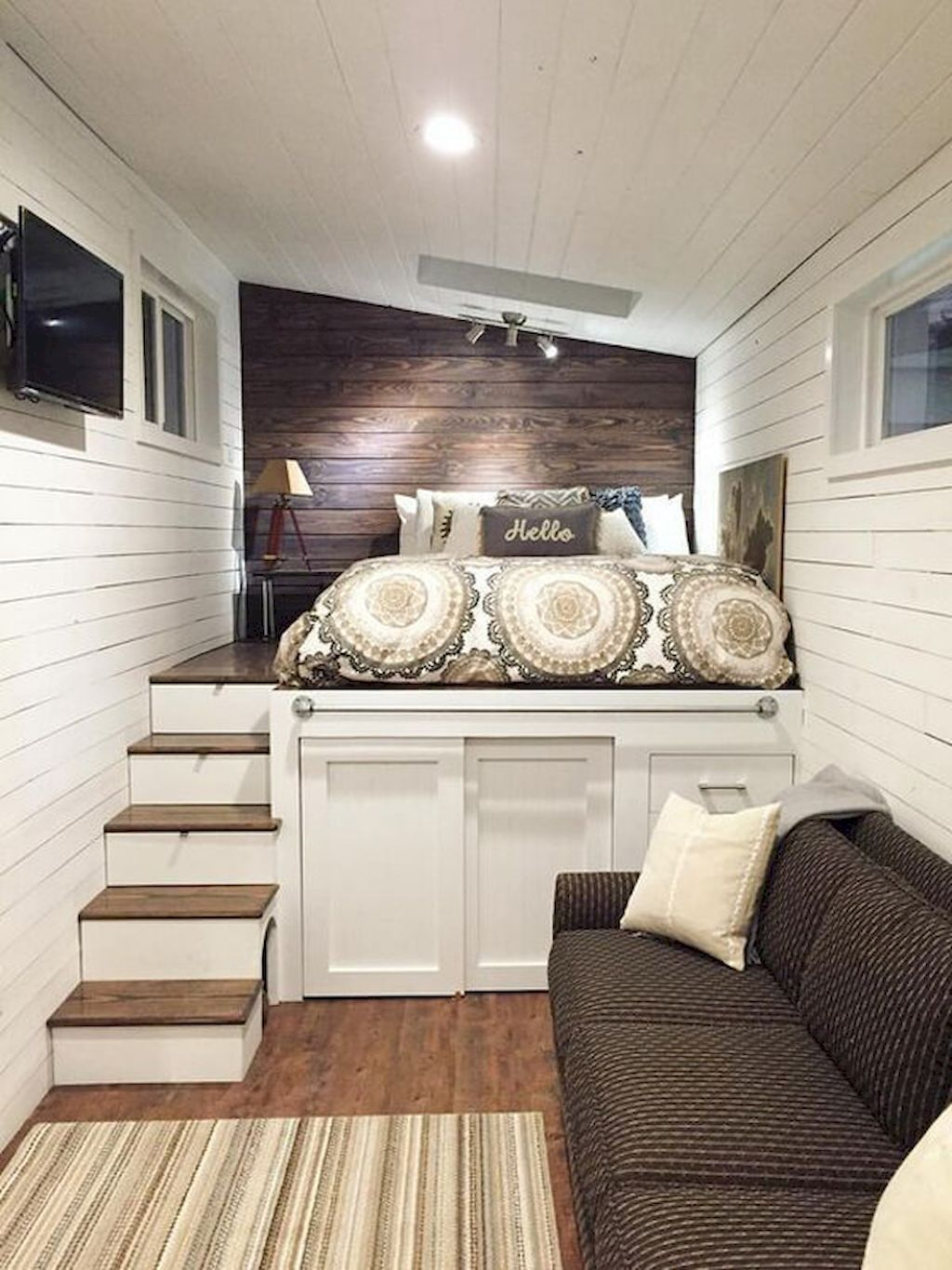19 A Platform Bed With Storage Below Small Bedroom Tiny House