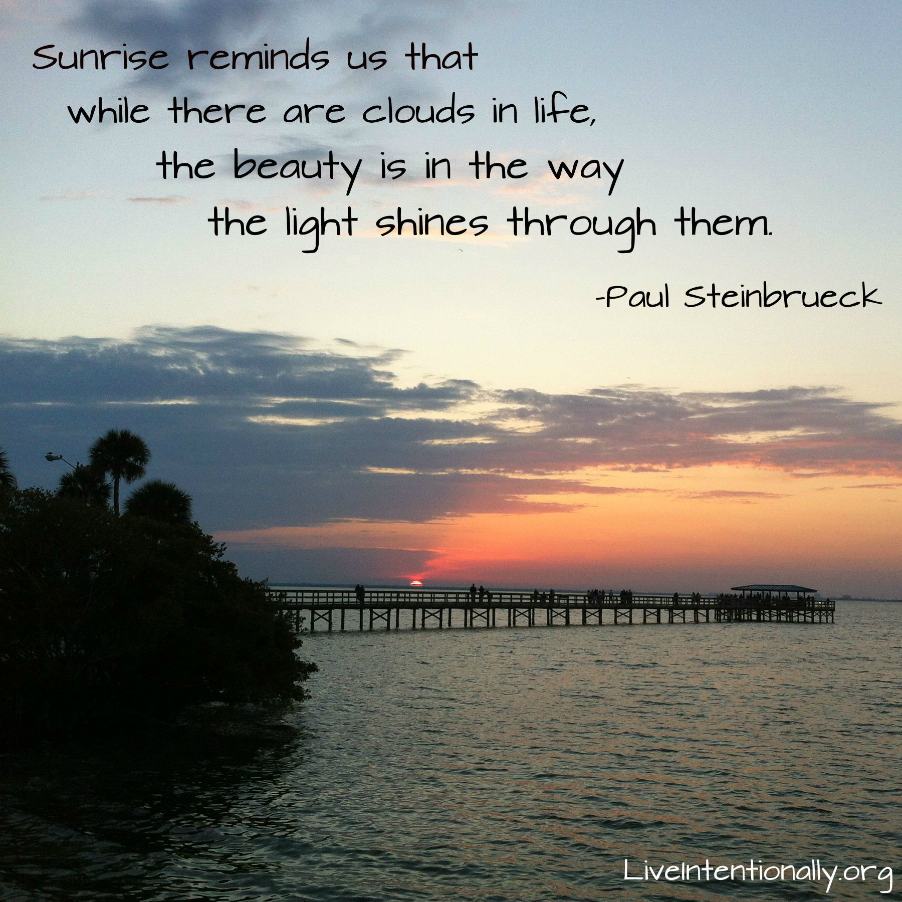 Beautiful Inspirational Quotes: Inspirational Quote: Sunrise Reminds Me That While There