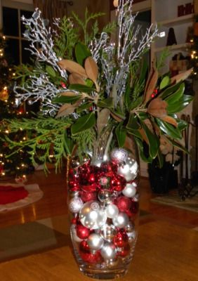 Christmas Centerpiece Have A Glass Container I Could Use For This Christmas Decorations Centerpiece Holiday Decor Christmas Christmas Vases