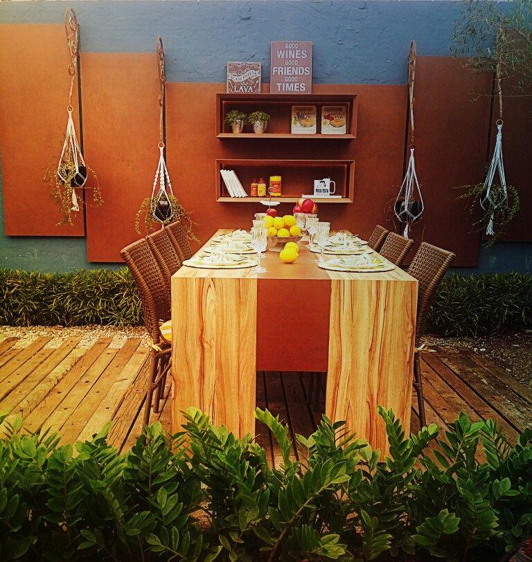Ambiente de jantar exposto na mostra de paisagismo da Expoflora 2016 em Holambra - SP