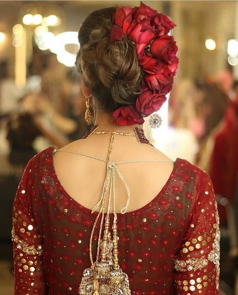 10 Bridal Bun Hairstyles For Every Kind Of Bride Bridal Hair Buns Pakistani Bridal Hairstyles Indian Bridal Hairstyles