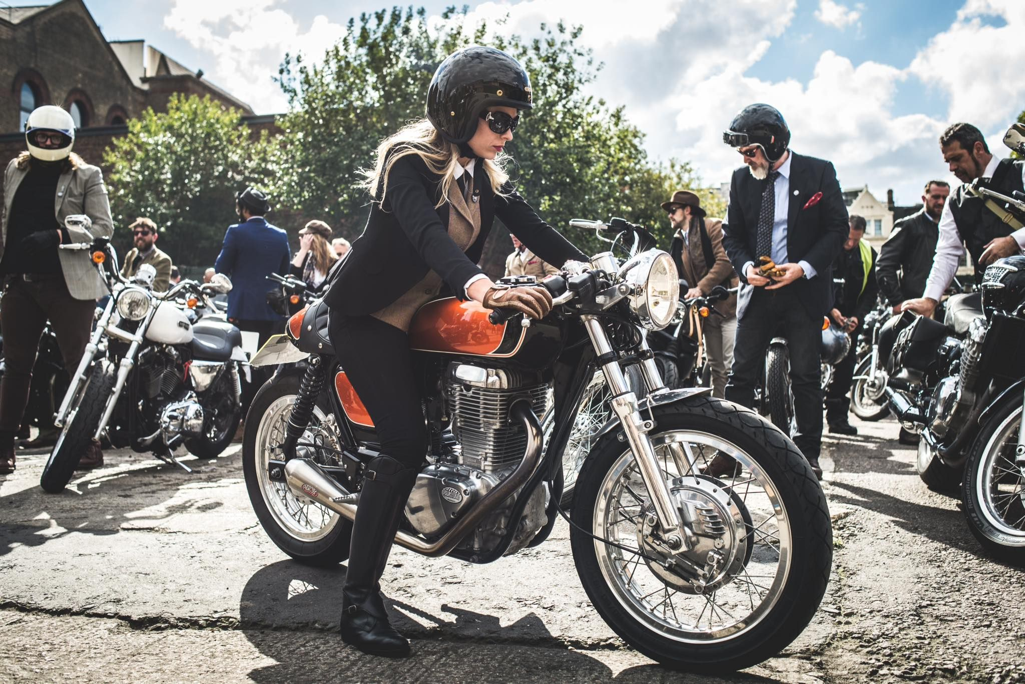 Londons Event Was Graced With This Stunning Suzuki Savage Cafe Racer And Superbly Dapper Rider