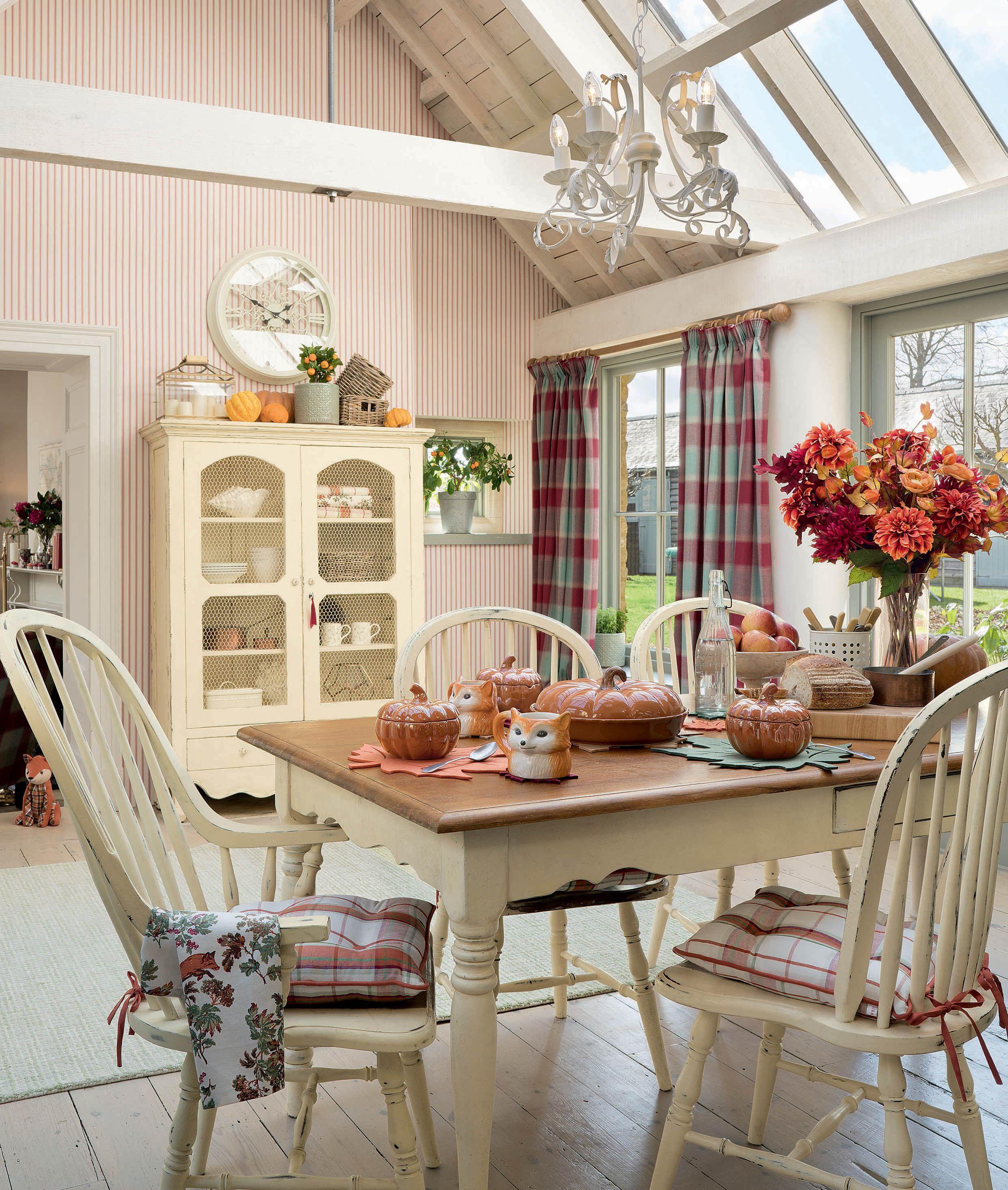 Laura Ashley Cranberry Cottage Lauraashleyaw17