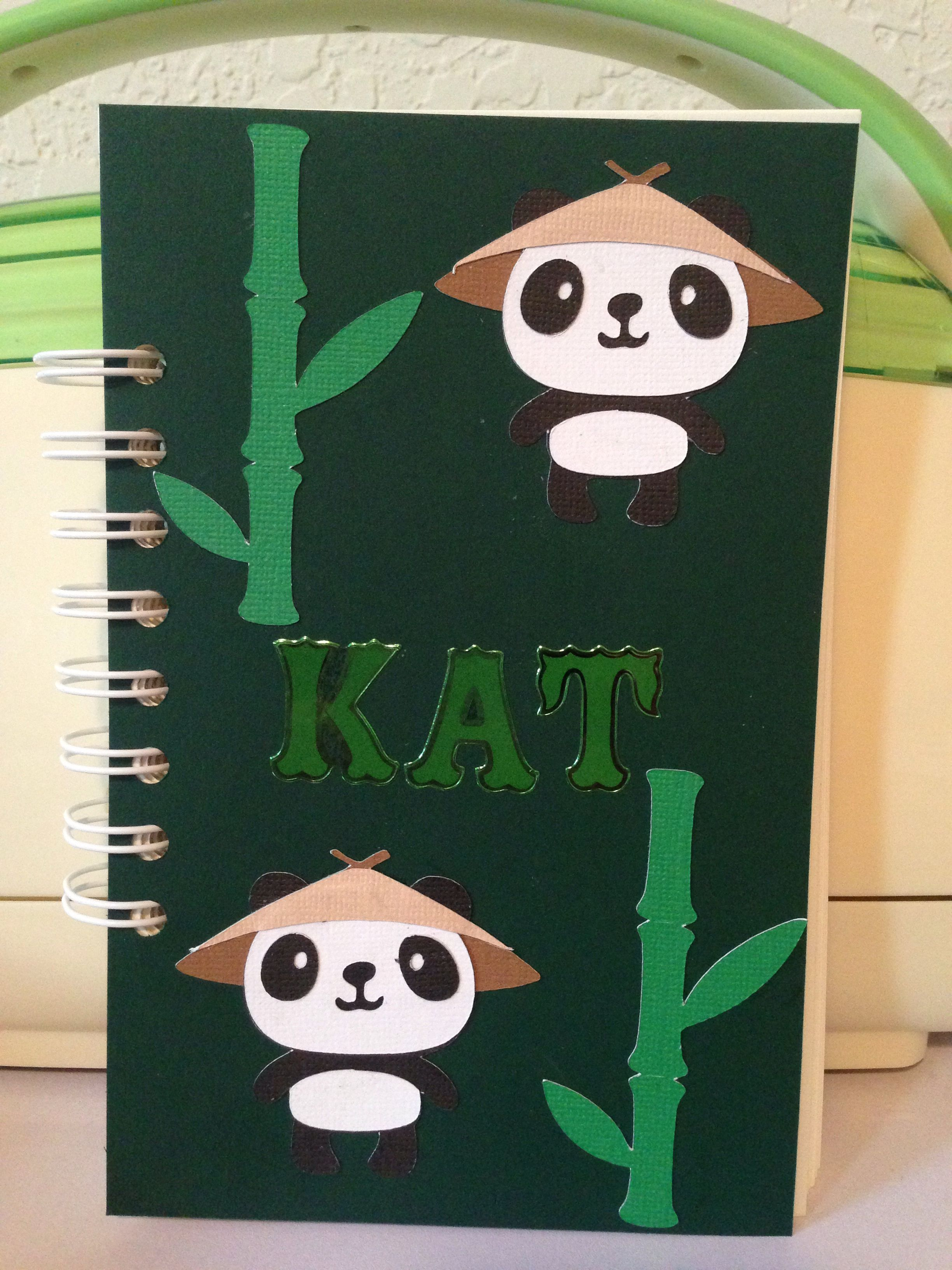 Lil notebook made with Cricut & The Cinch binding machine ...