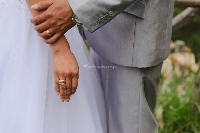 Dónde ponerse los aros de matrimonio