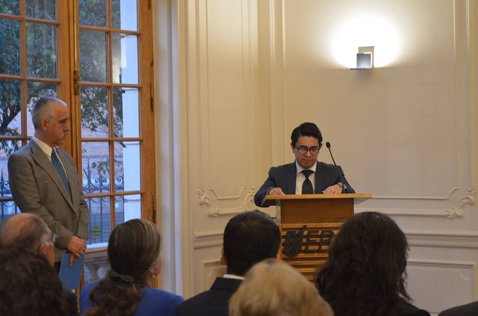 El ex alumno Miguel Ángel Reséndiz ofreció unas palabras en honor a Profesor Distinguido 2017.