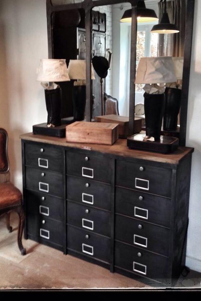 Meubles de rangement industriel métal bois idées déco Pinterest - comment repeindre un meuble vernis