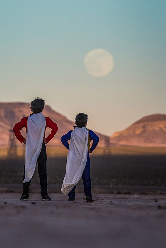 Kids dressed as superheroes watching the supermoon of June 23, 2013, outside Las Vegas, NV. Photo credit: Astrophotographer Tyler S. Leavitt via Space.com