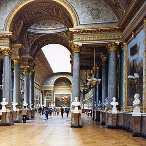 inside the louvre seriously could spend hours here paris france paris travel louvre. Black Bedroom Furniture Sets. Home Design Ideas