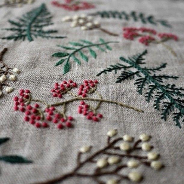 Summer Leaf !#embroidery #刺繍