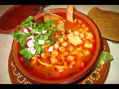 Como Hacer Pozole Rojo De Pollo A Mi Estilo Recetas Aleliamada Youtube Posole Recipe Chicken Mexican Food Recipes Posole Recipe