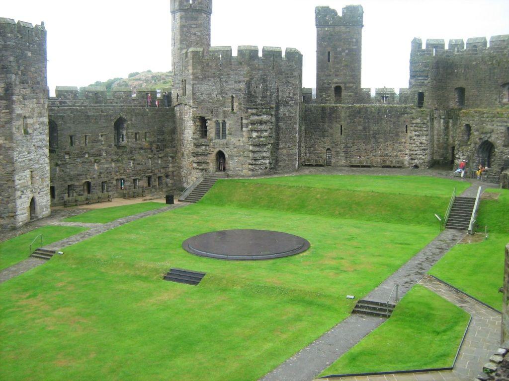 Caernarvon Castle Wales b. (1641)Edward II Plantagenet, b. (2014)Helen ap Daffyd