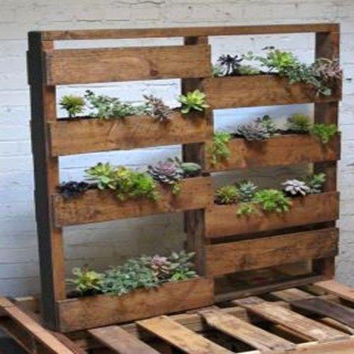 Planter wood pallet w steel diy pinterest wood for Outdoor wall planter ideas