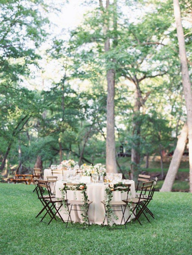 Dekoration Hochzeit draußen Garten Inspiration - gartenparty deko rustikal
