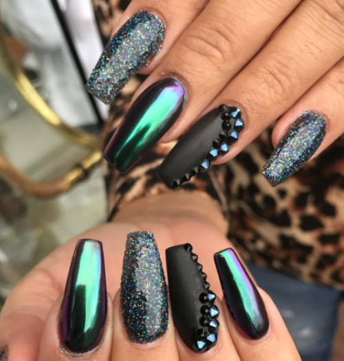 Iridescent Green and Black Nail Design. Runner up for this weeks Nail Art  Essential Giveaway - Nails, Beauty, And Glitter Image Manicures Pinterest Glitter