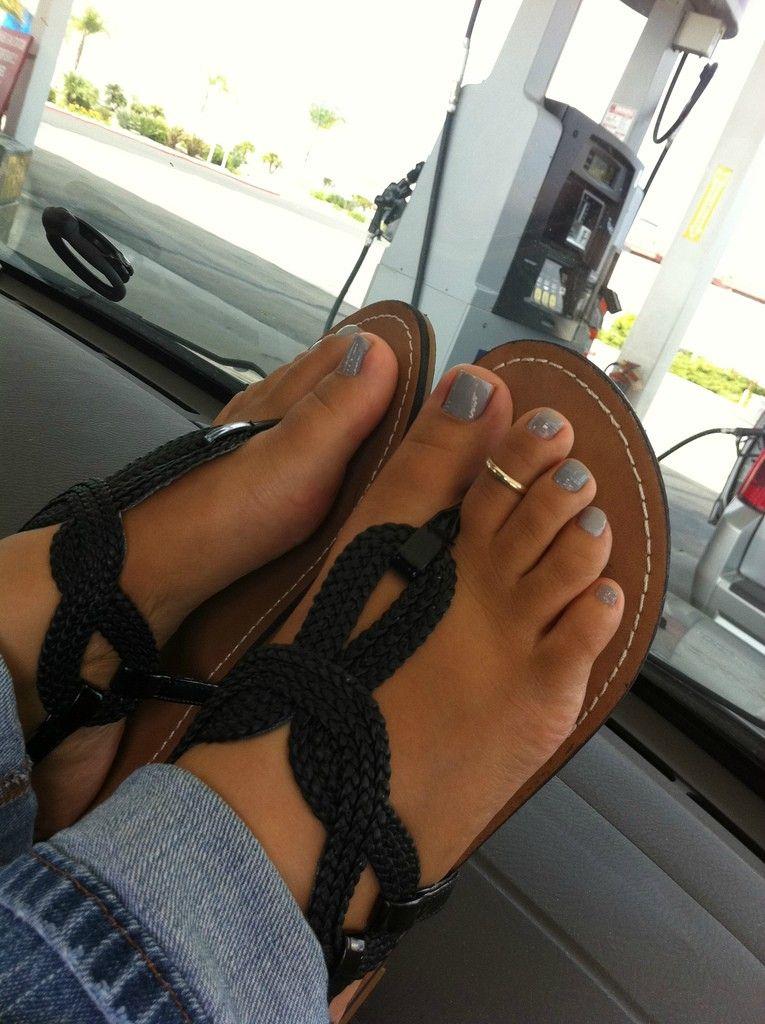 Pretty ebony feet pics
