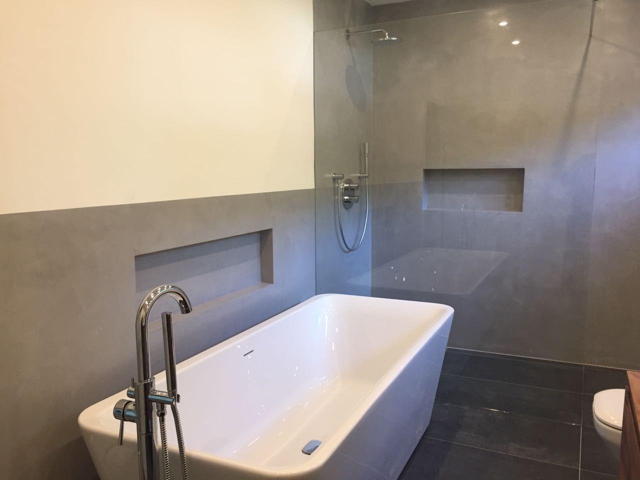 Fugenloses Bad Design In Beton Optik Wasserdicht Versiegelter Putz Auch Im Duschberreich Badezimmerideen Badgestaltung Badezimmer Design