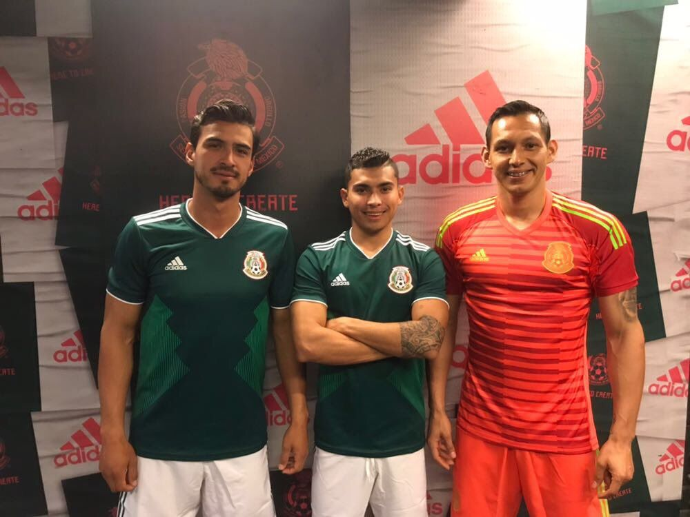 c45c43c807 The new Adidas Mexico 2018 keeper kit boasts a striking color combination
