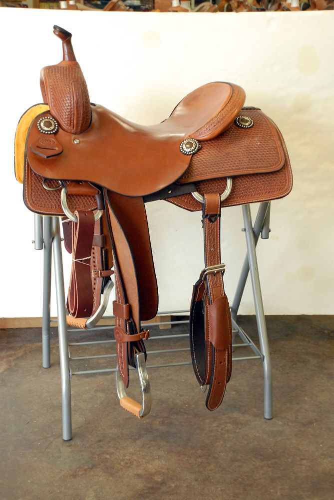 KO Cutter Saddle - 0129 Cutting horse saddle, I'd like this for Dusty in working cow horse :)