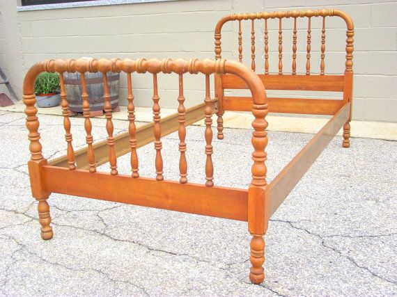 Heirloom Jenny Lind Twin Wood Bed Gorgeous Spindle Spool Bed With Headboard Footboard And Rails In Very Nice Condition Sol Jenny Lind Twin Bed Spool Bed Bed