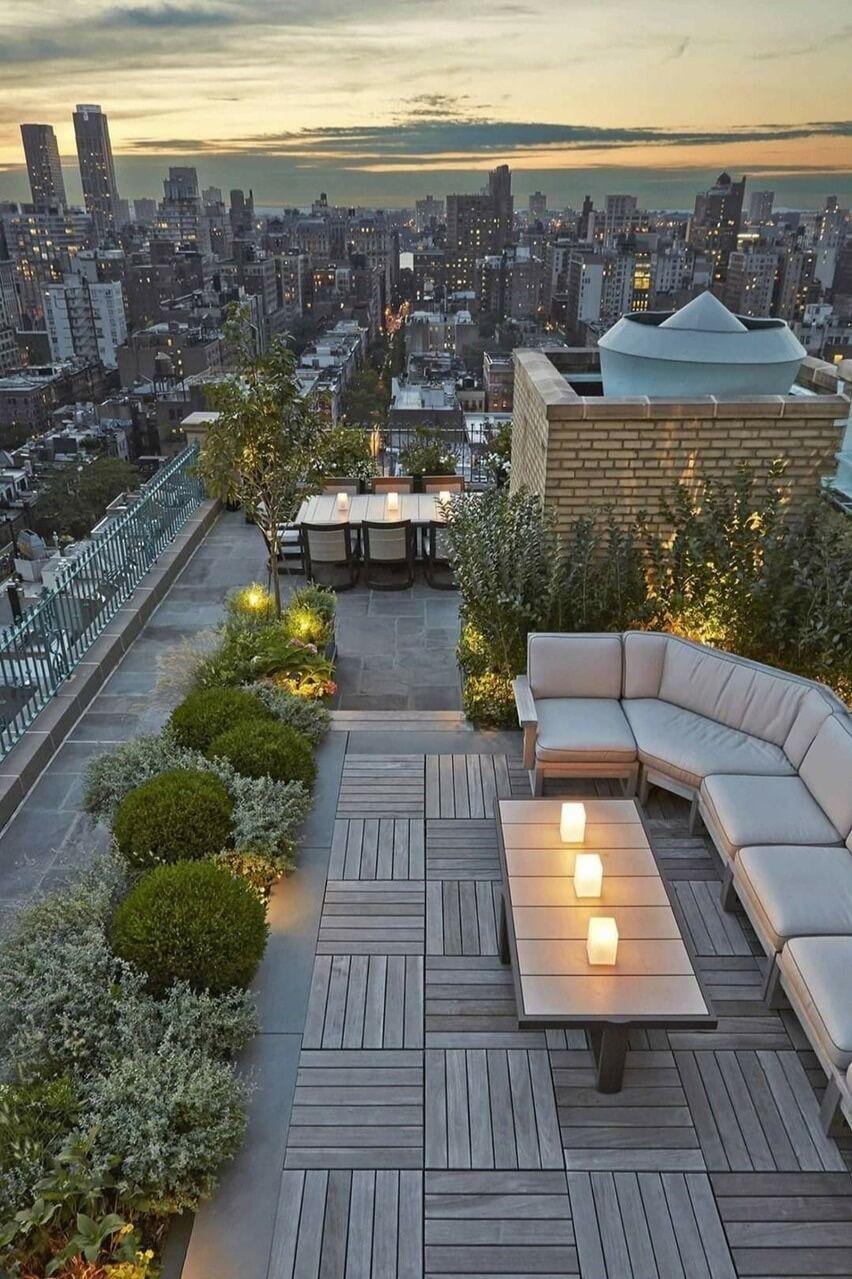 Les Rooftops Incontournables De Paris Design Terrasse Sur Toit Terrasse Toit Terrasse Design