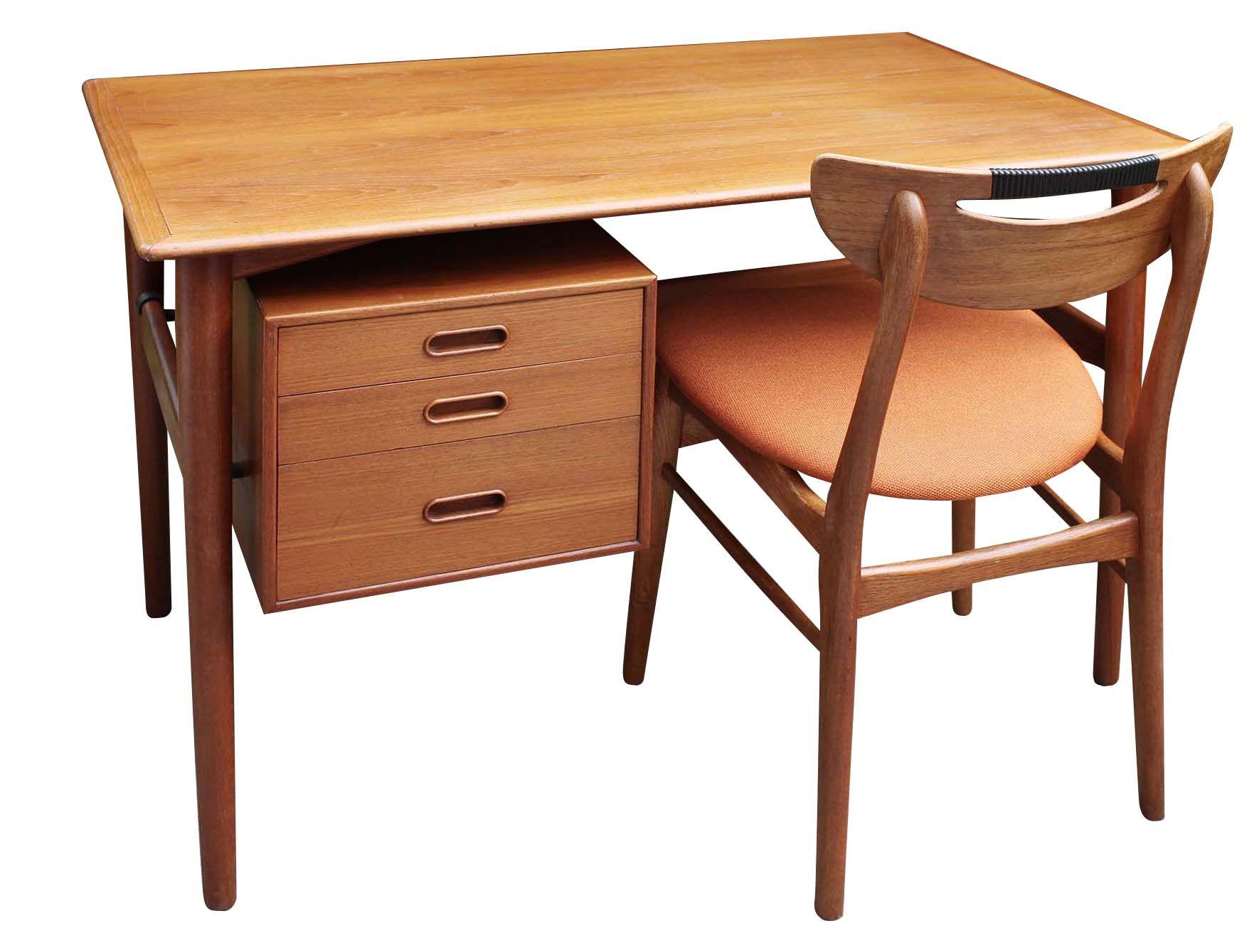 Danish desk. Biurko, drewno tekowe, cena 2700 zł, dł. 110