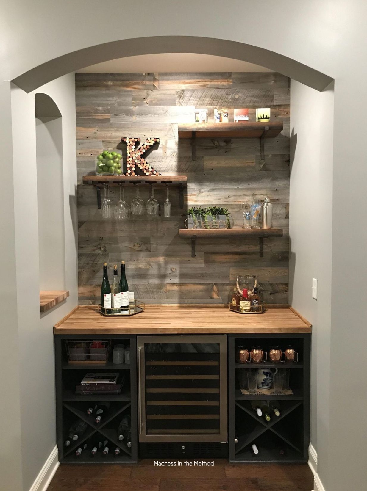 Pin By Ben Guenther On Home Bar Designs In 2020 Home Bar Furniture Home Bar Designs