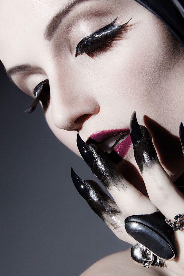 I\u0027m diggin\u0027 these fingertips! halloween costume ideas Pinterest - romantic halloween ideas
