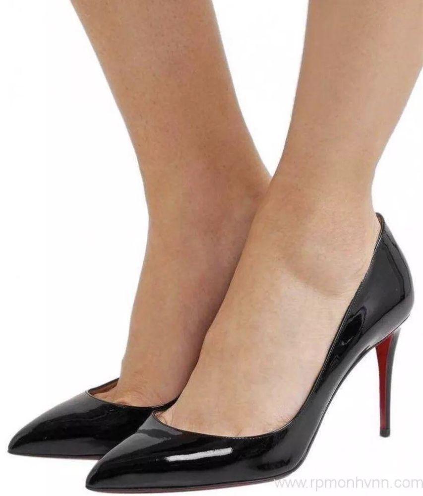 huge selection of 97471 d2c4f Christian Louboutin Pigalle Black Patent Pumps Shoes Heels ...