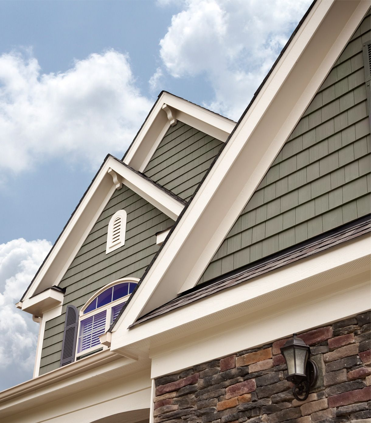Exterior Siding Design: Decorative Vinyl Siding Options