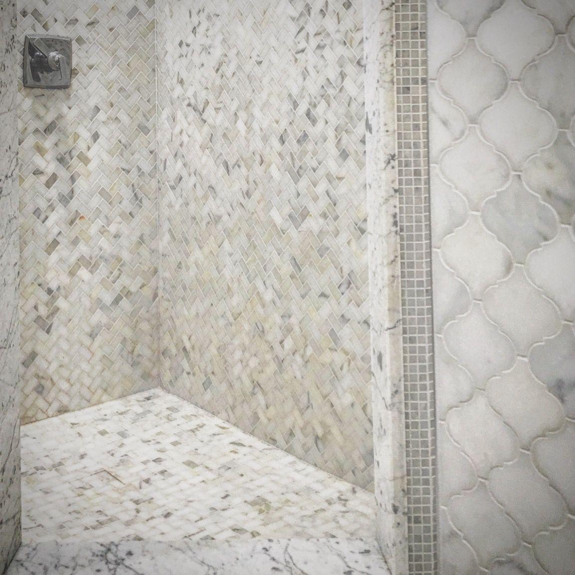 Shower Walls Calacatta Gold Marble 1 X2 Herringbone Mosaic Shower Floor Ca Herringbone Mosaic Tile Bathroom Mosaic Bathroom Tile Mosaic Tile Bathroom Floor