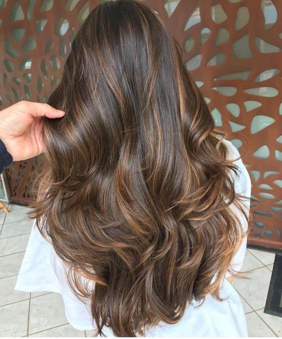Les couleurs de cheveux les plus tendances cheveux en