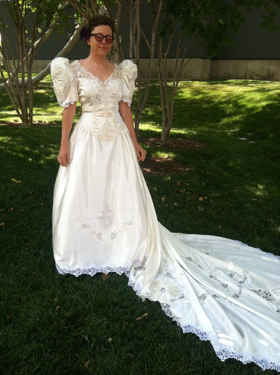 vintage 1993 wedding gown off white with beading sequins and open