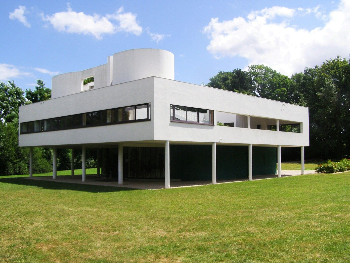 Technology Shown Here Is The Villa Savoye Located In Poissy