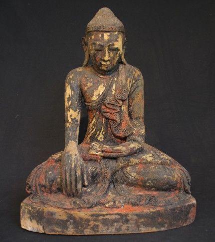 Antique Buddha Statue [Material: Wood] [52 cm high] [19th century] [Mandalay style] [Bhumisparsha Mudra] [Originating from Burma] [Price: 875 euro]