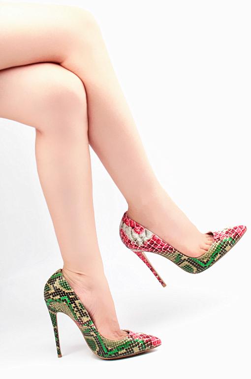 Faux crocodile skin heels in green 8e9de418dca1