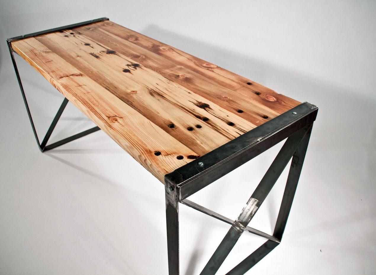 Reclaimed Wood Modern / Industrial Desk. $500,00, Via Etsy.