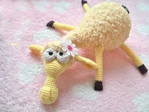 Dolly the Sheep Amigurumi - Free by Kate of Little Owls Hut / Sheep Part 1 - Animal Crochet Pattern Round Up - Rebeckah's Treasures