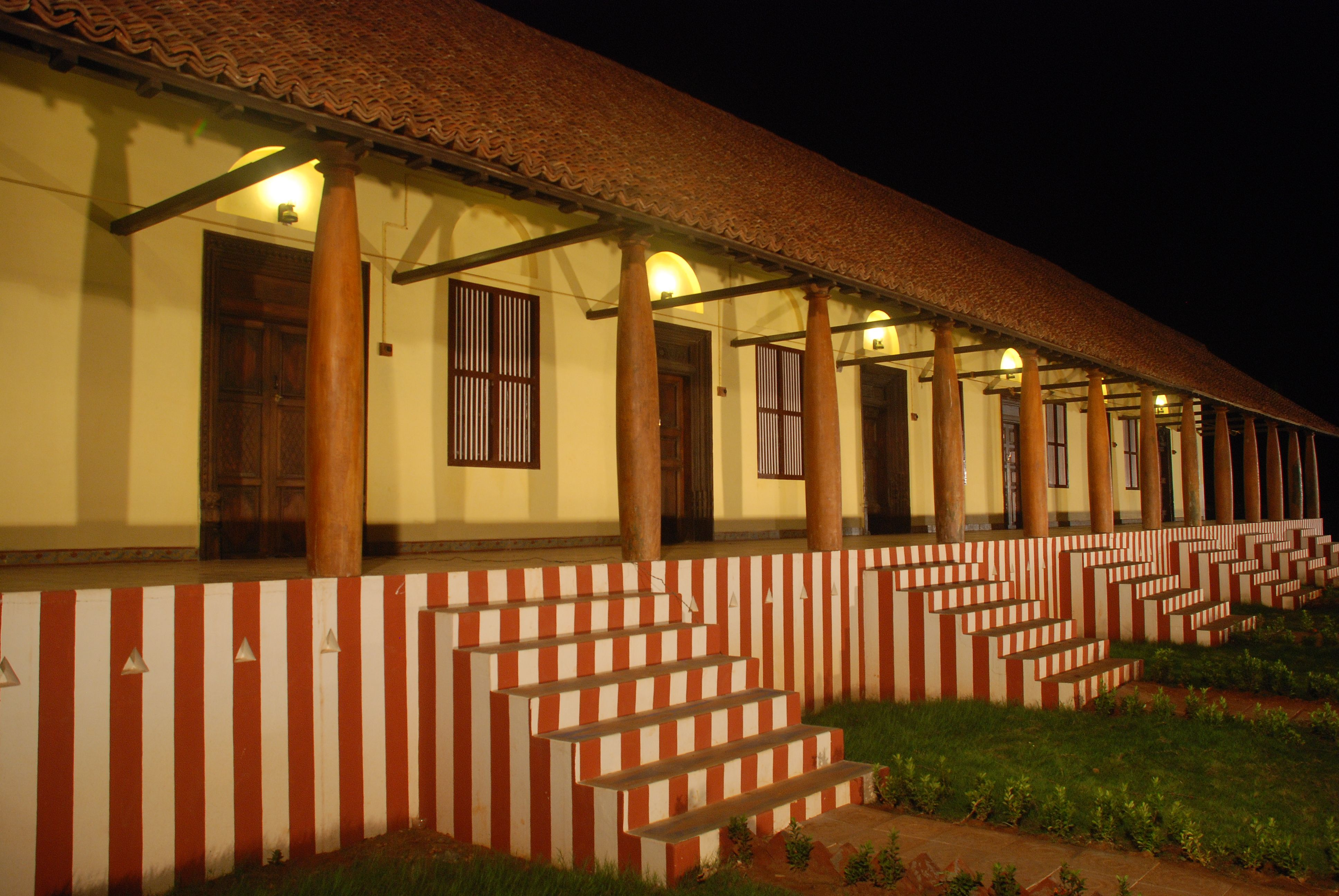 Heritage Agraharam Veedu –river view Seven houses in a Row