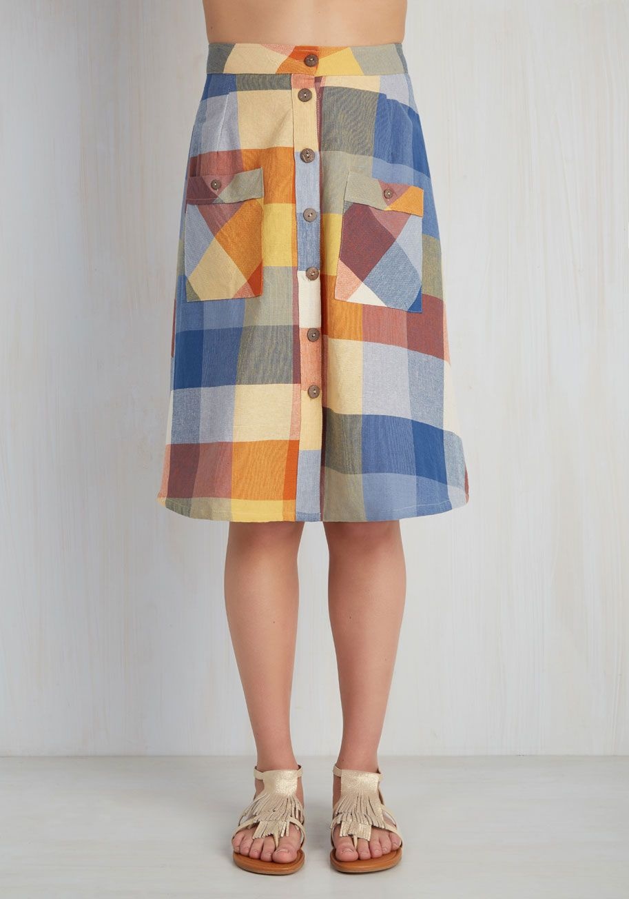 Swap Meet Sweetheart Skirt in Sunny Plaid. Equipped with a sharp eye and fast reflexes, youre ready to scour the market for vintage treasures in this charming cotton skirt from Mata Traders! #blue #modcloth