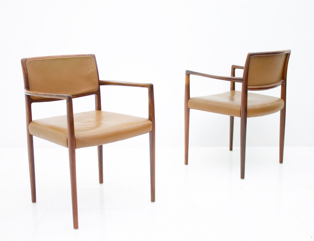 For Sale Pair Of Scandinavian Armchairs In Rosewood Brown Leather 1960s Scandinavian Armchair Armchair Brown Leather