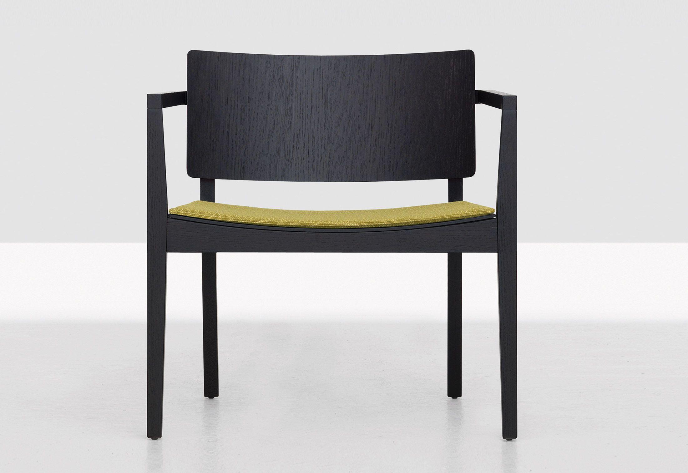 Finn Lounge By Zeitraum Armchairs Design At Stylepark Cadeiras Design Cadeira Poltrona Cadeiras