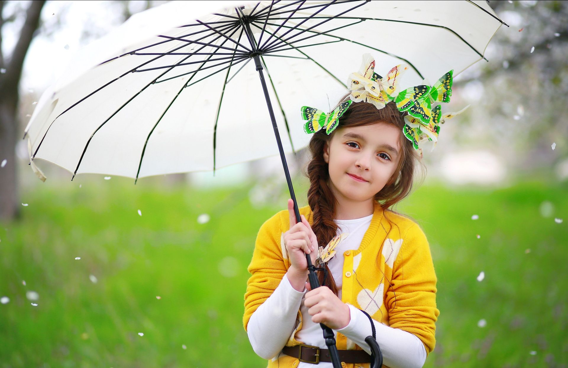 Cute Baby Pic With Umbrella Photography