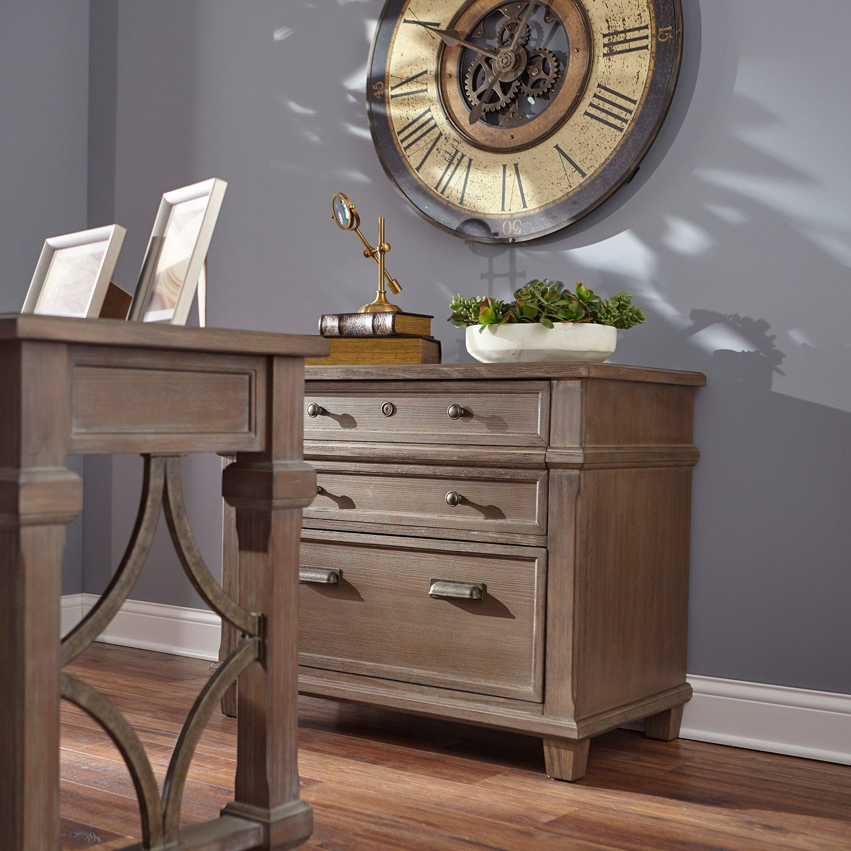 Desk Tables Homeoffice: Rustic Traditional Home Office Furniture # Homeoffice