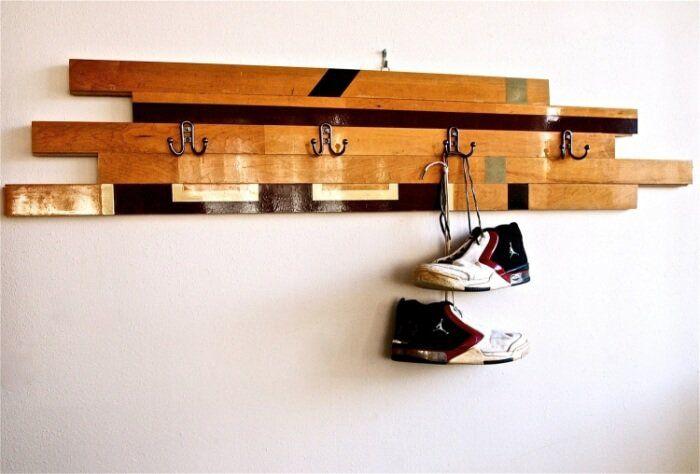 porte manteau mural vintage à fabriquer en planches en bois recup