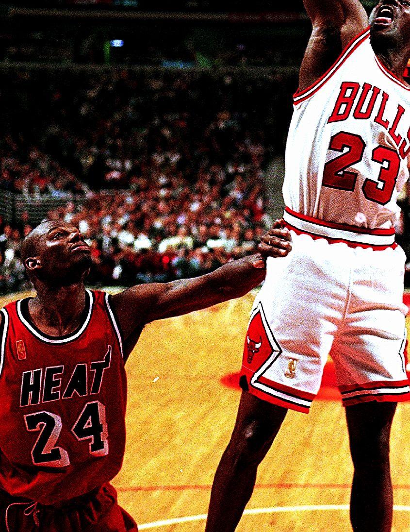 Jamal Mashburn & Michael Jordan Rare NBA s