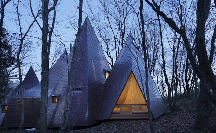 Tipi Houses in the Woods – Fubiz Media