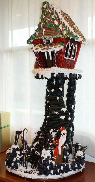 the nightmare before christmas gingerbread house by br cohn via flickr - Nightmare Before Christmas Gingerbread House