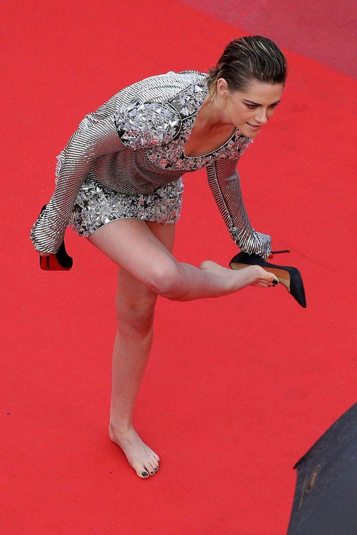 Kristen Stewart zieht blank - und wir geben Pediküre-Tipps