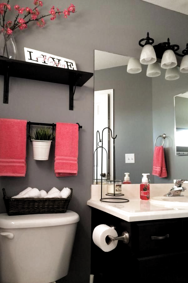 Ideas To Decorate A Small Bathroom With Colour Homedecorli In